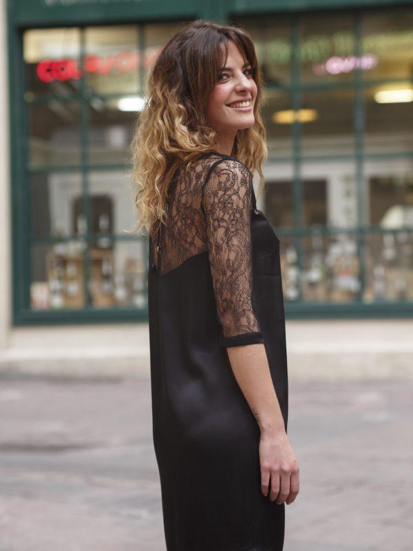 robe noire en dentelle de calais
