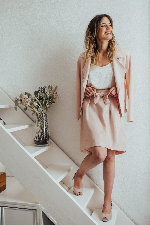jupe couleur rose irisé