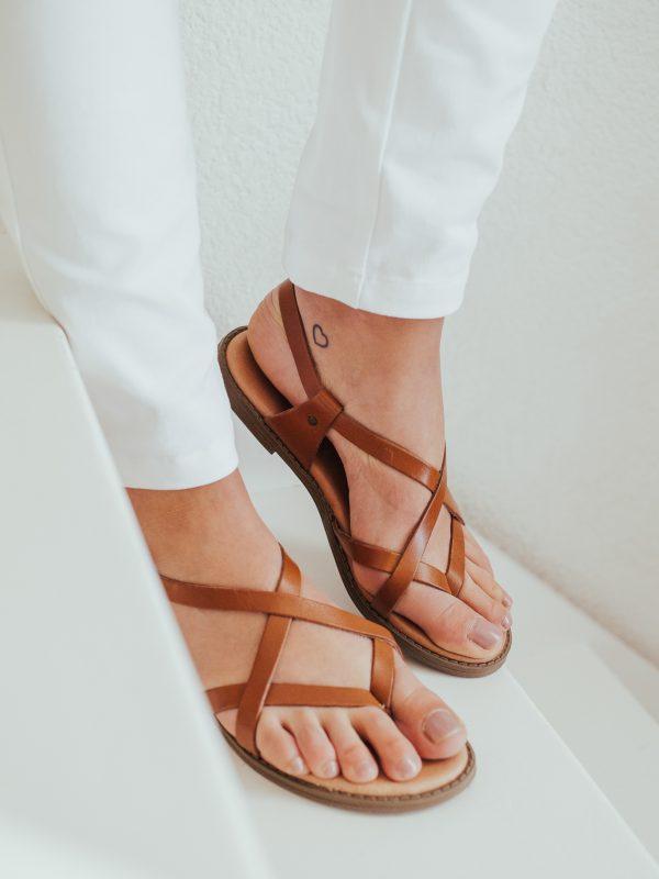 sandales en cuir très chic