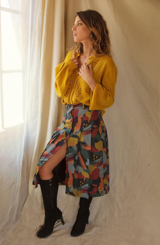 jupe longueur midi imprimé aux couleurs chaudes