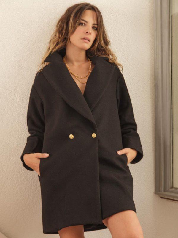 manteau noir en laine très chaud