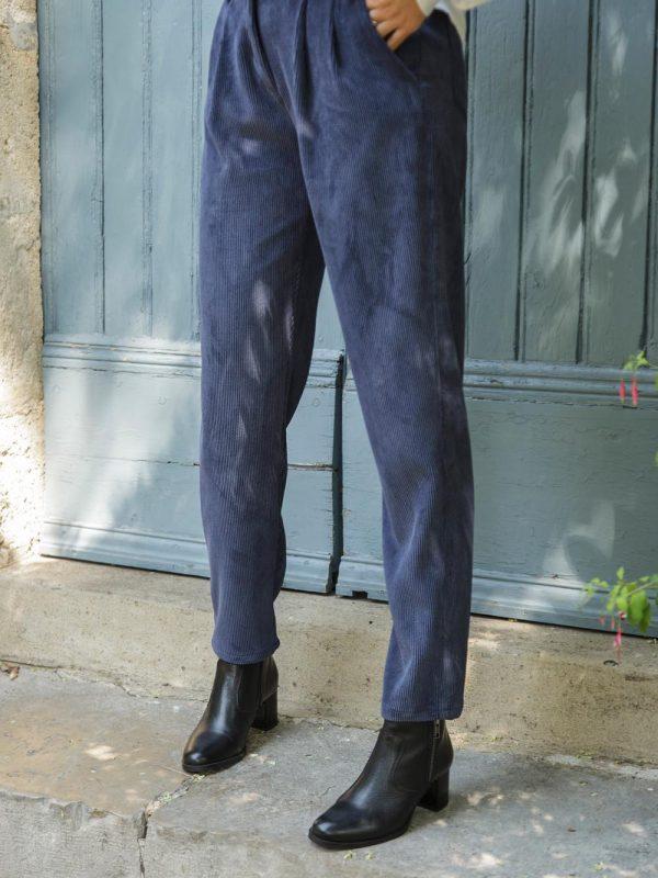 pantalon en polyester recyclé pour une mode éthique
